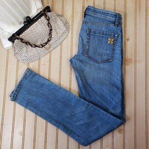 BCBG Maxazria 25x33 Straight Leg Medium Wash Jeans